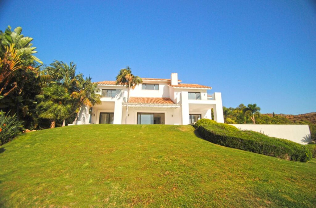 Impressive contemporary style villa with panoramic views - Spain