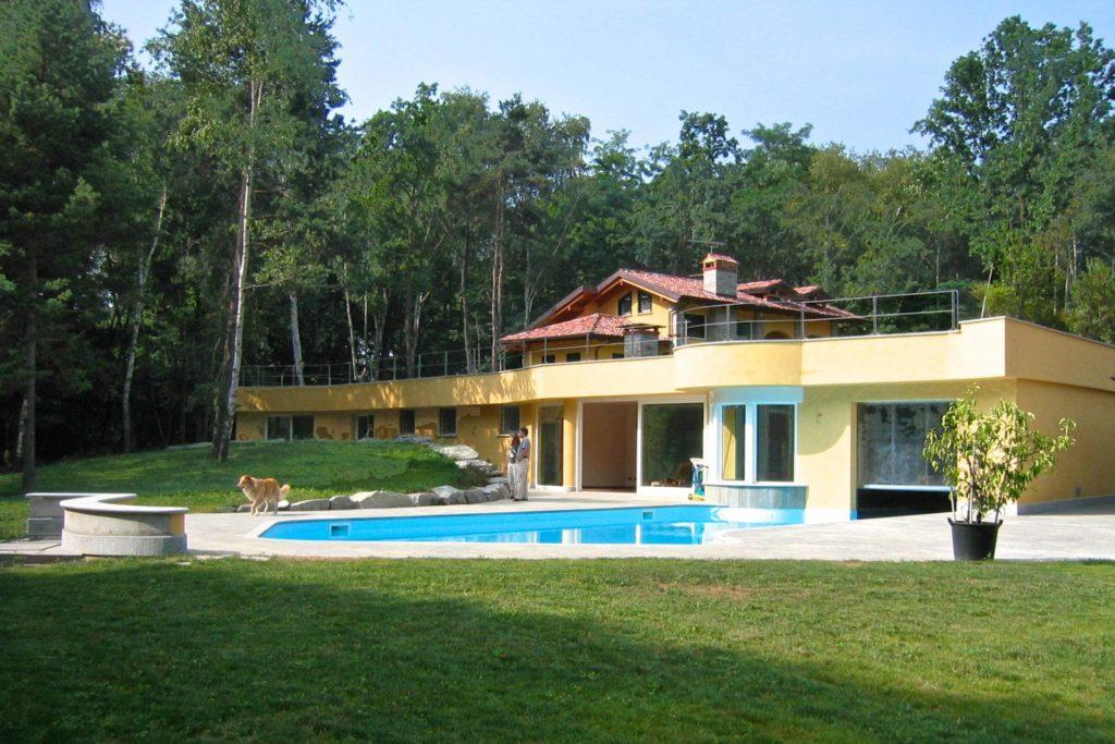 Prestigious villa in a wonderful private park ashore Lake Maggiore - Italy