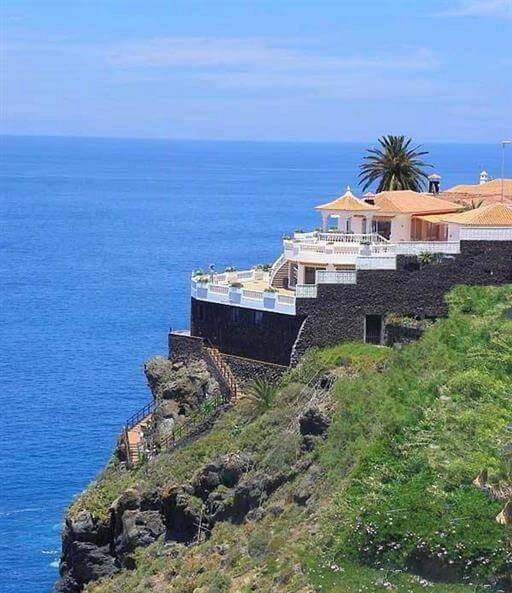 Feudal villa in Tenerife - an oasis of peace and beauty - Spain