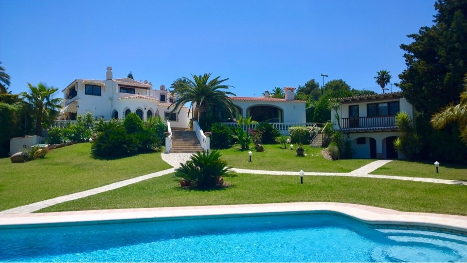 Mansion with sea view near the beach in Javea - Spain