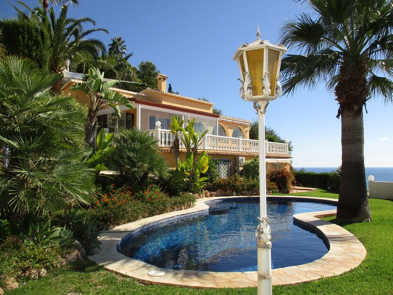 Fantastic luxury villa directly at the sea - Spain